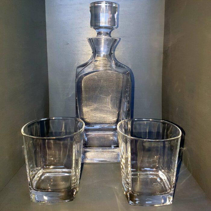 vierkante-whisky-karaf-met glazen