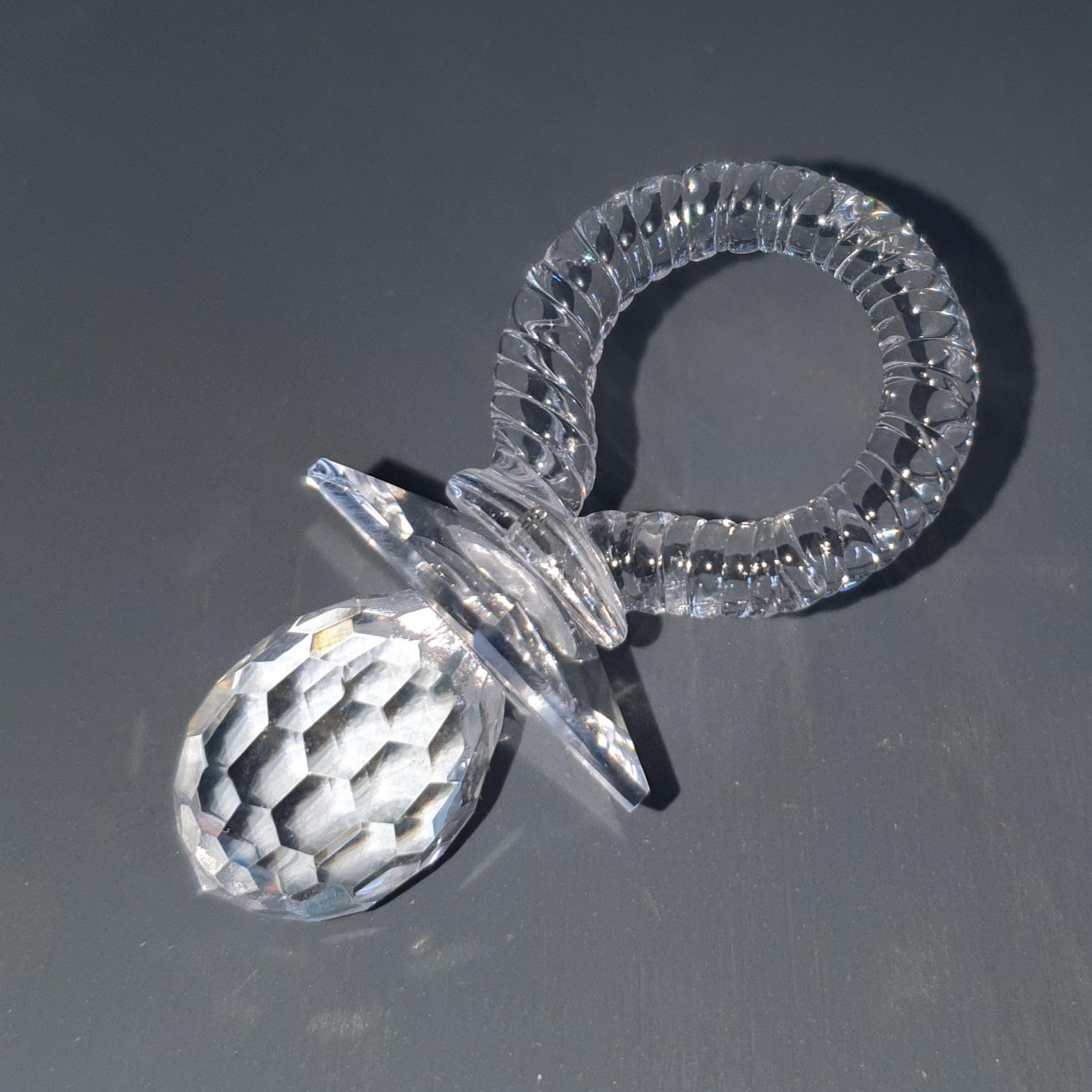 Kristall-Schnuller-Geburt