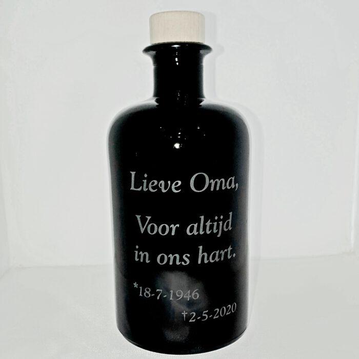 in-memoriam-urn-van-glas-graveren