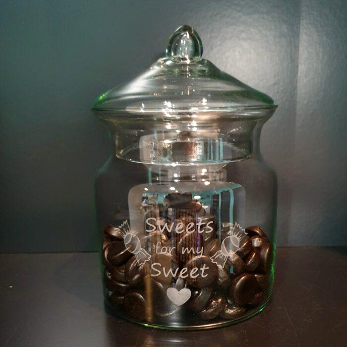snoeppot-glazen-deksel-graveren